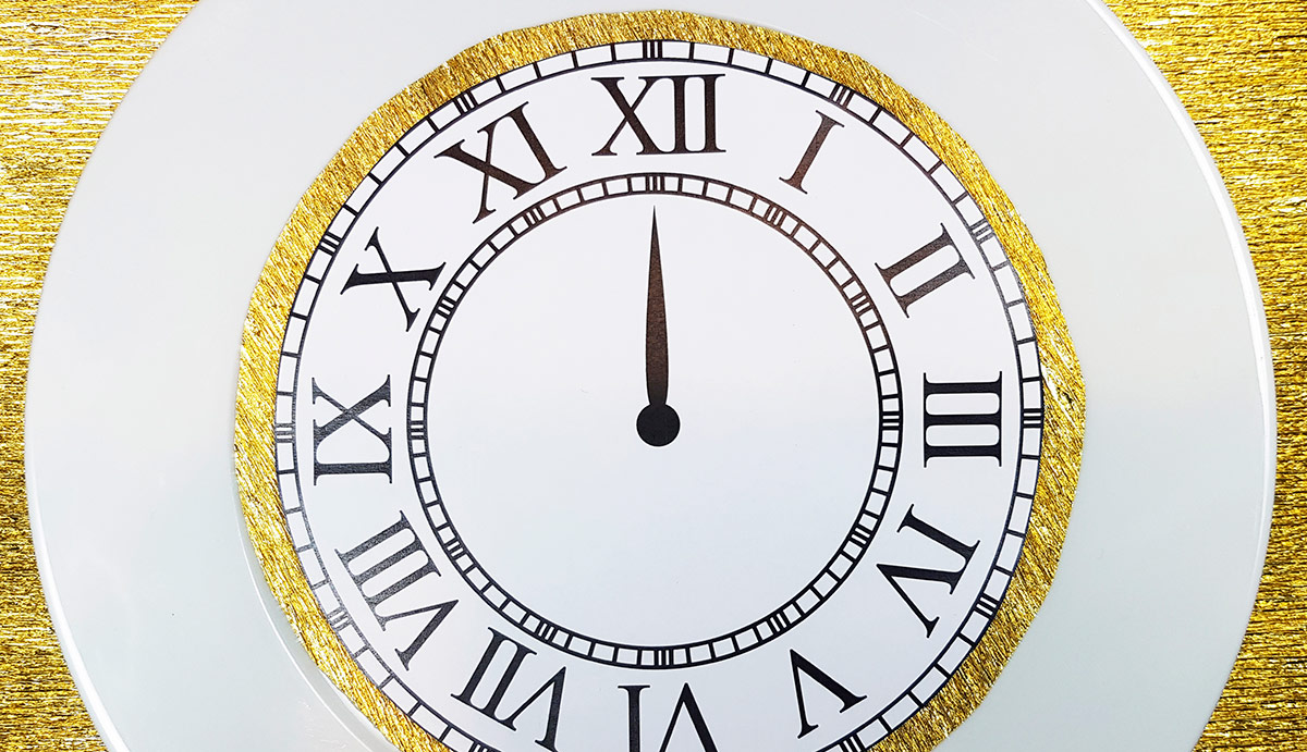 Ura kot motiv novoletne dekoracije
